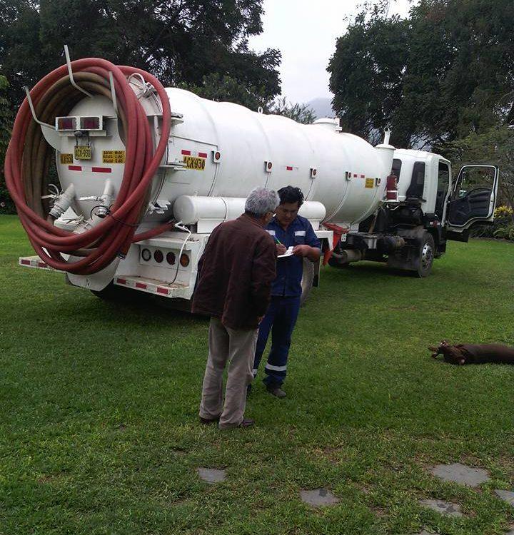 Limpieza de silos y pozos septicos